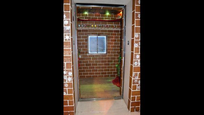 Trump Hotel Chicago Transforms Elevator Into Gingerbread
