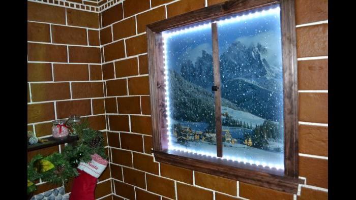 A portrait of a winter scene inside the 2015 Gingerbread Express. (Kristen Thometz / Chicago Tonight)