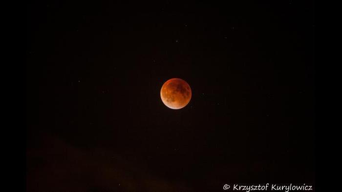 Photo by Krzysztof Kurylowicz: I see a Bad Moon rising ...