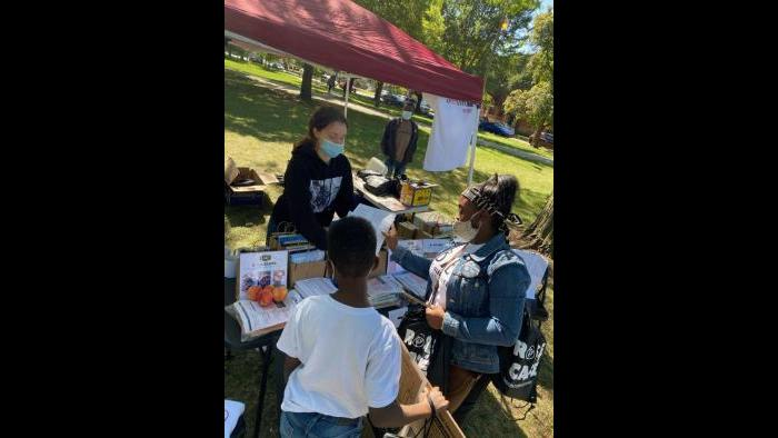 A book drive in Palmer Park in the Roseland community took place on Saturday, Sept. 19, 2020. (Courtesy Iesha Malone)