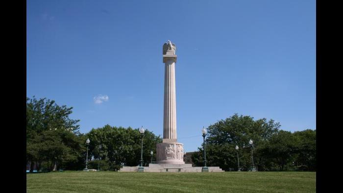 Illinois Centennial Memorial Column, 1918 | Henry Bacon and Evelyn B. Longman