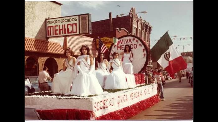 The Mexican Independence Day Parade in South Chicago. (Courtesy of the Mexican Patriotic Club)