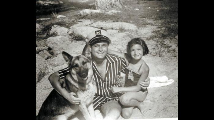 Norman Lear and daughter on beach (Courtesy of Norman Lear)