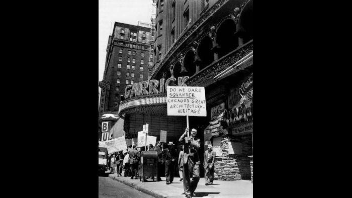 Nickel and friends marched several times in front of the Garrick, prompting Mayor Daley to call a meeting to discuss the fate of the building. (Courtesy the Richard Nickel Archive/ Ryerson and Burnham Archives/ The Art Institute of Chicago)