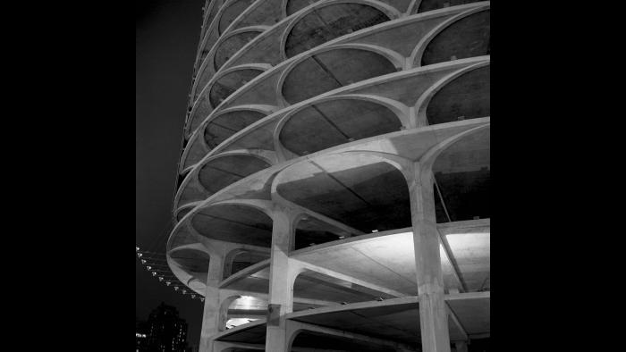 Marina City, designed by the Chicago architect Bertrand Goldberg. (Courtesy the Richard Nickel Archive/ Ryerson and Burnham Archives/ The Art Institute of Chicago)