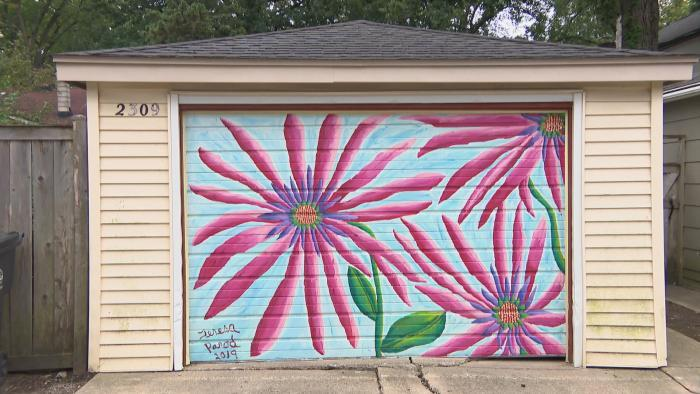 A finished mural by Teresa Parod. (WTTW News)