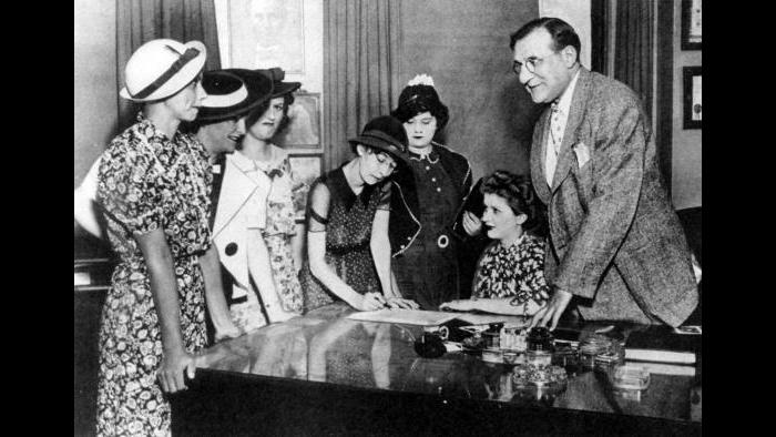 "The Ottawa ""Radium Girls"" with Attorney Leonard Grossman. (Chicago Daily Times, courtesy of Sun-Times Media)"