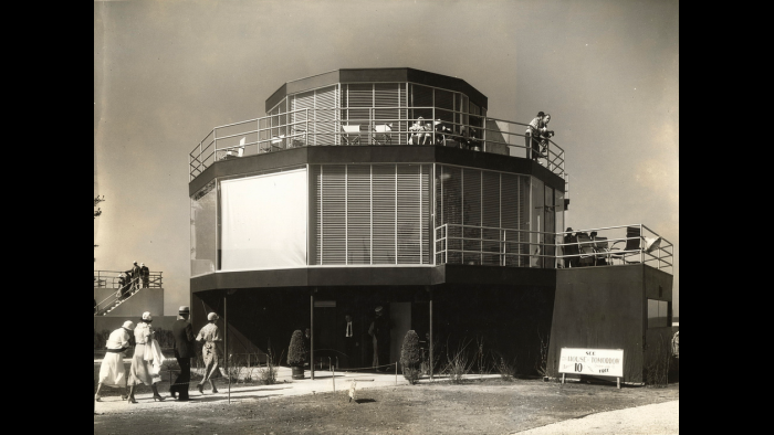 House of Tomorrow as it looked at 1933 Century of Progress World's Fair.
