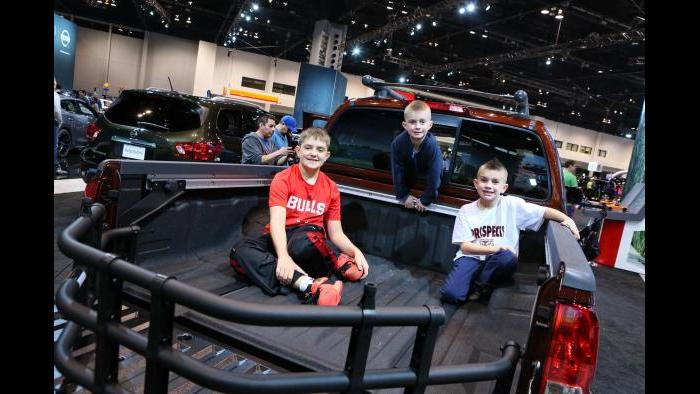 (Chicago Auto Show)