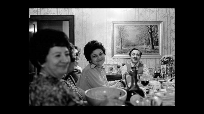 Maria Cerda, center, and her husband David Cerda. (Courtesy of the Cerda family)