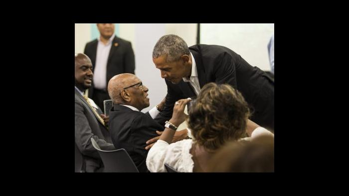 With Barack Obama (Courtesy of Timuel Black and the Vivian G. Harsh Research Collection)